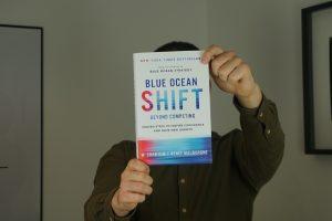 Blue Ocean Shift Buch